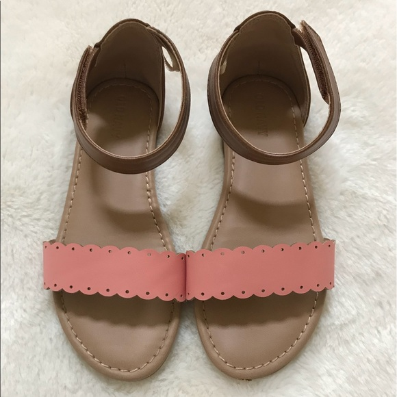 Old Navy Shoes   Girls Sandals Size 11